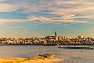 uitje Nijmegen  provincie Gelderland - Andelst Afferden De Pas Slijk-Ewijk Schaijk Heumen